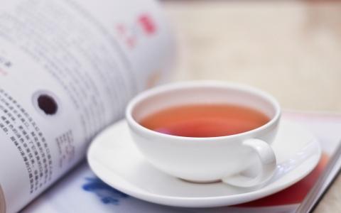 一茶,一书,一知己