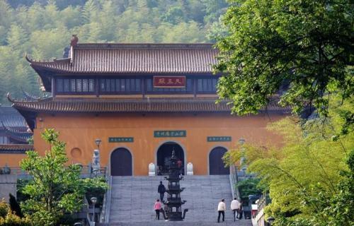 游宜兴磬山崇恩寺